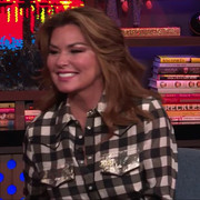 shania-watchwhathappenslive111518-cap3