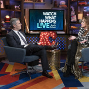 shania-watchwhathappenslive111518-16