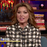shania-watchwhathappenslive111518-cap6