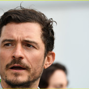 orlando_bloom_celebrates_41st_birthday_with_racing_in_morocco_06