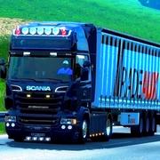 eurotrucks2-2018-10-30-20-23-21