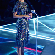 Gal_Gadot_2017_MTV_Video_Music_Awards_Fixed_qky1_NGw_XZe_Nl