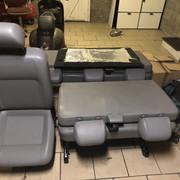 Vends sièges  t5 caravelle (9 places) + fixations 3e41_Nbgv_TIOUp_Dti_L3_SWog
