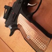 M-Arms-brass-1