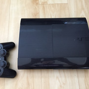 P: sony playstation 3 super slim 500 GB