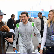 orlando_bloom_celebrates_41st_birthday_with_racing_in_morocco_03