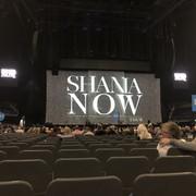 shania_nowtour_londonengland100318_1