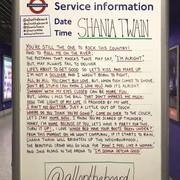 shania-nowtour-londonengland-allontheboard