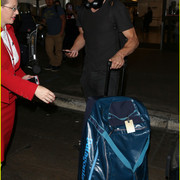 jamie_dornan_arrives_at_lax_airport_11