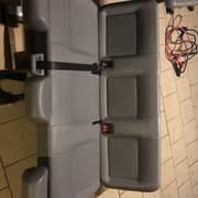 Vends sièges  t5 caravelle (9 places) + fixations GW6_MGCkv_SVupd_OBQ2_Foe9_Q