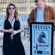 shania_now_billboard_no1_nashville101617_1