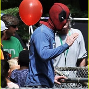 ryan_reynolds_deadpool_flies_into_a_kids