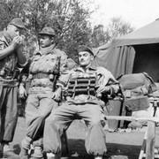 Documentation pour tournage de film sur la Guerre d'Algérie 49342302_56_57