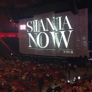 shania-nowtour-stockholm101718-3