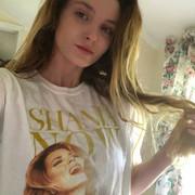 shania_nowtour_fans_merch1