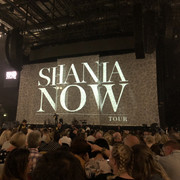 shania-nowtour-manchester092218-3